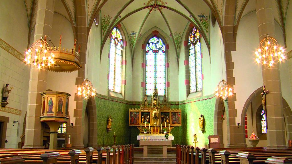 Kath. Pfarrkirche Zornheim innen