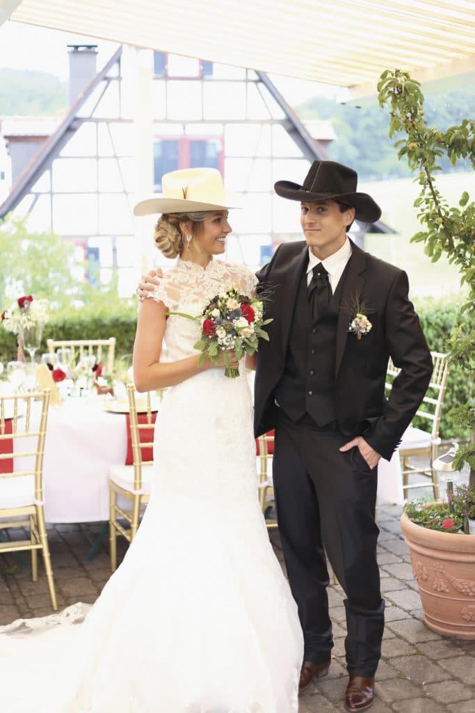 Country Hochzeit Braut und Bräutigam