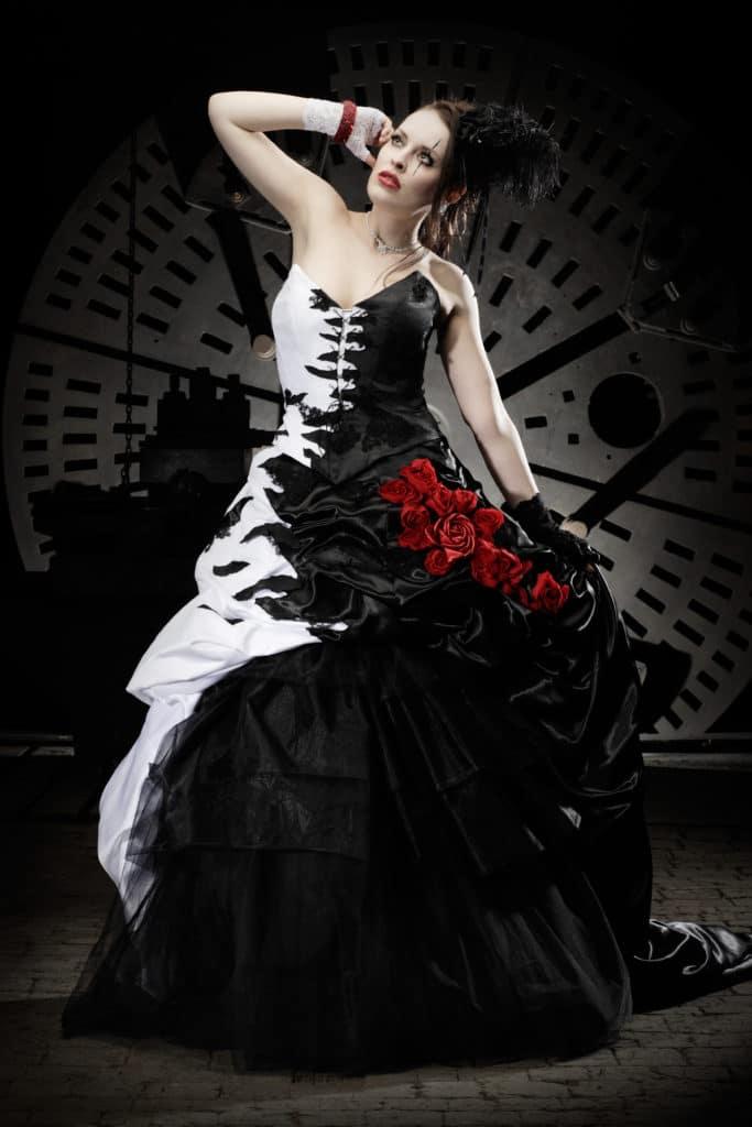 Das Lucardis Feist Brautkleid ist Steampunk vom Feinsten - Heiraten ...