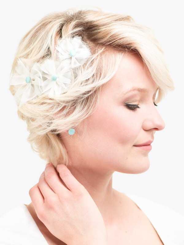 Brautfrisur kurze haare fascinator