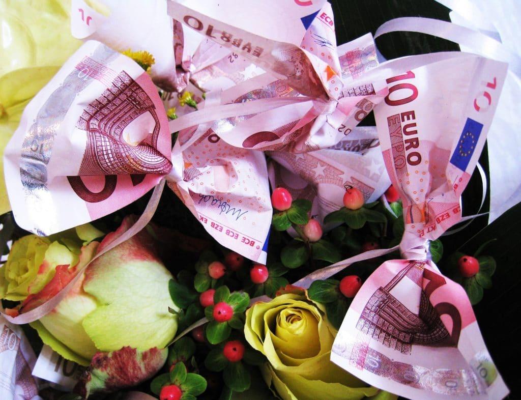 Nicht So Langweilig Geldgeschenke Originell Verpackt Heiraten