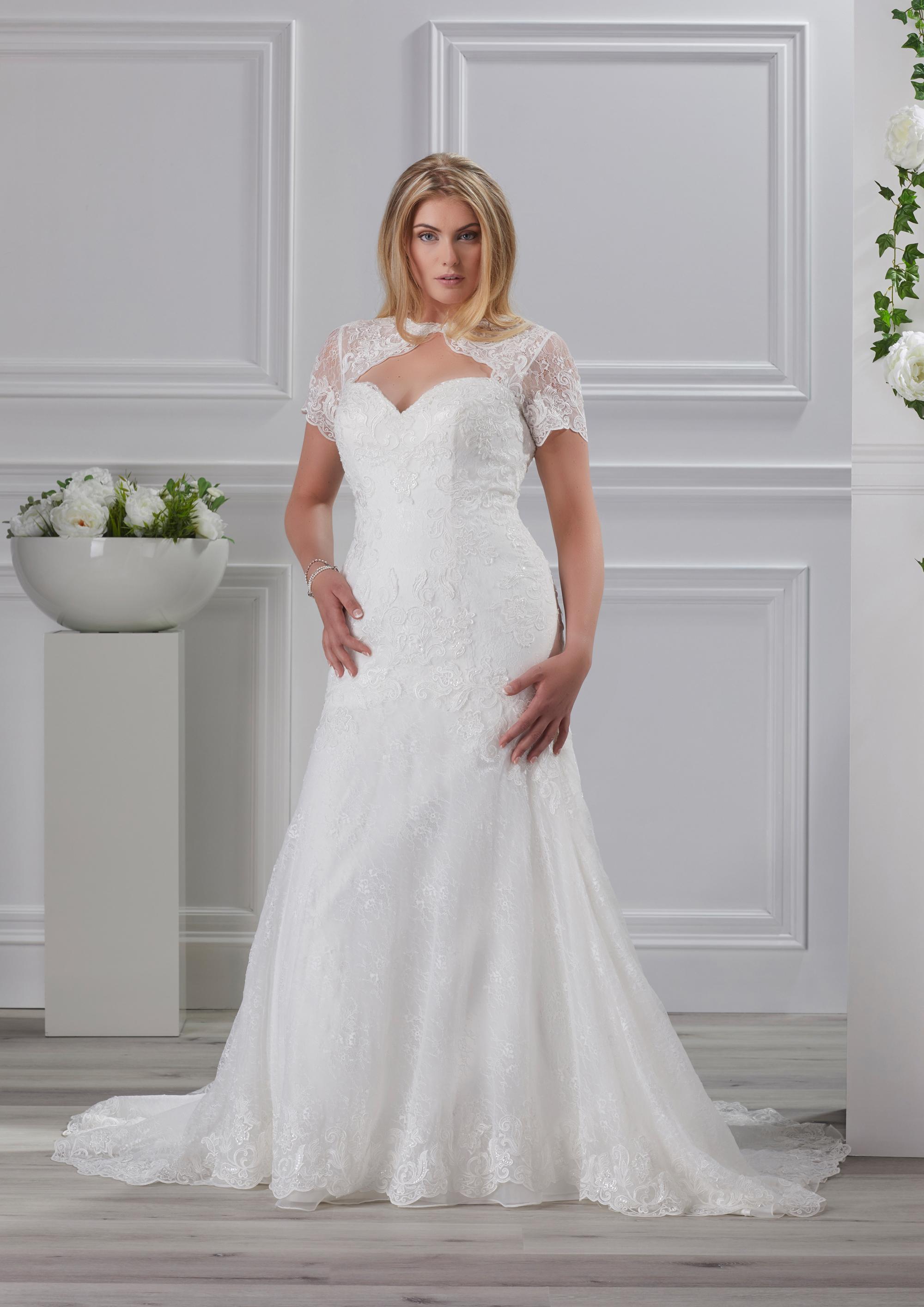 Das Très Chic Brautkleid 2018 - Heiraten & Hochzeit