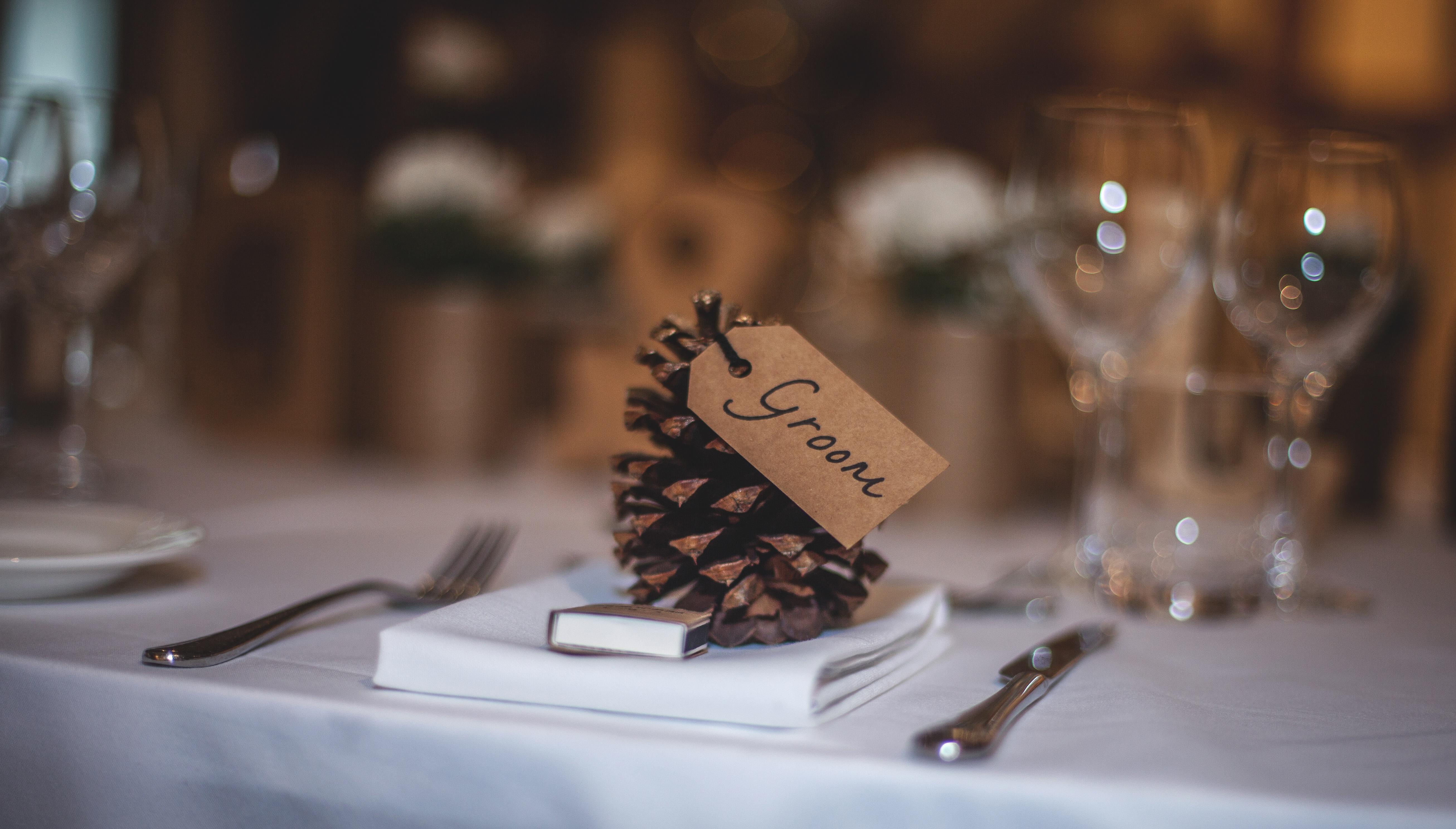 Holz Als Tischdeko Fur Die Hochzeit Heiraten Hochzeit