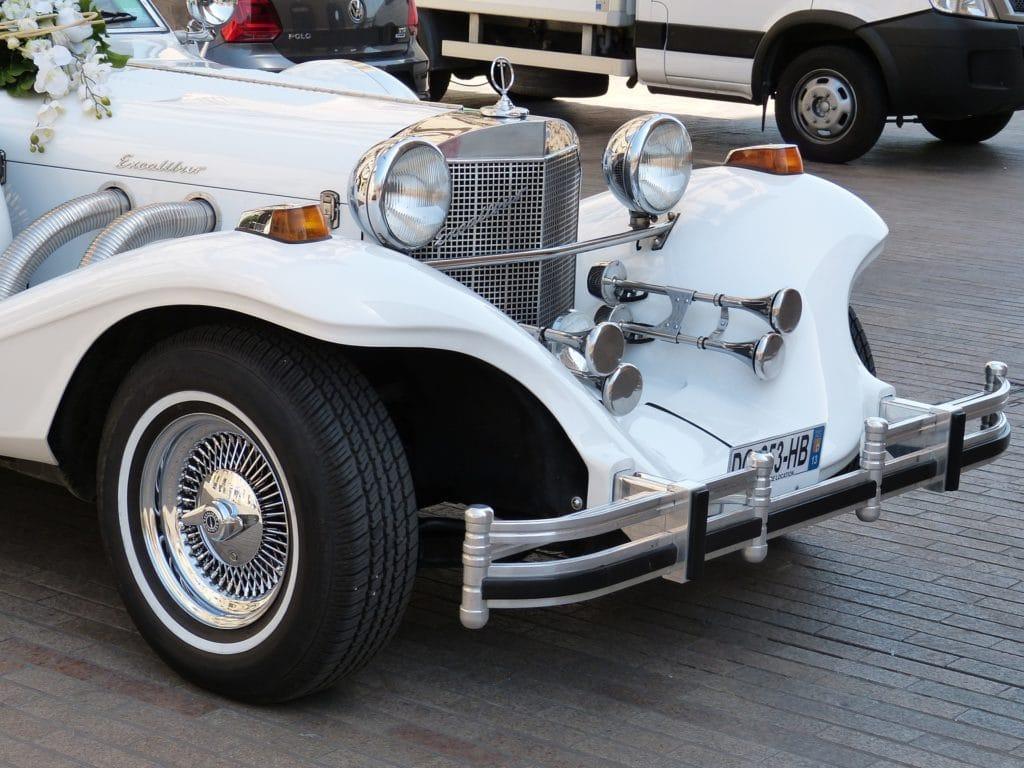 Hochzeitsauto mit Chauffeur
