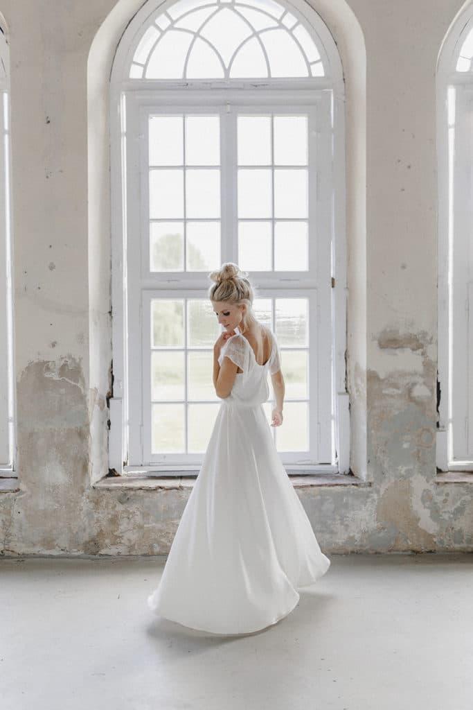 Brautkleid Flatterärmel