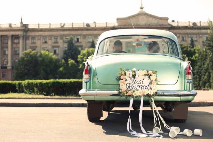 Hochzeitsauto-Straßenverkehrsordnung